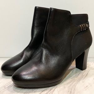 New! Anne Klein Sully Black Leather Heeled Boot 11